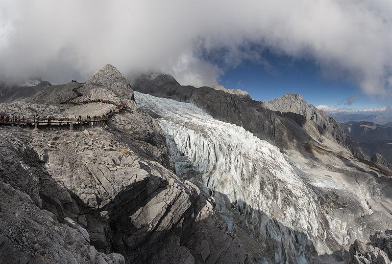The glacier peak of the Jade Dragon Snow Mountain