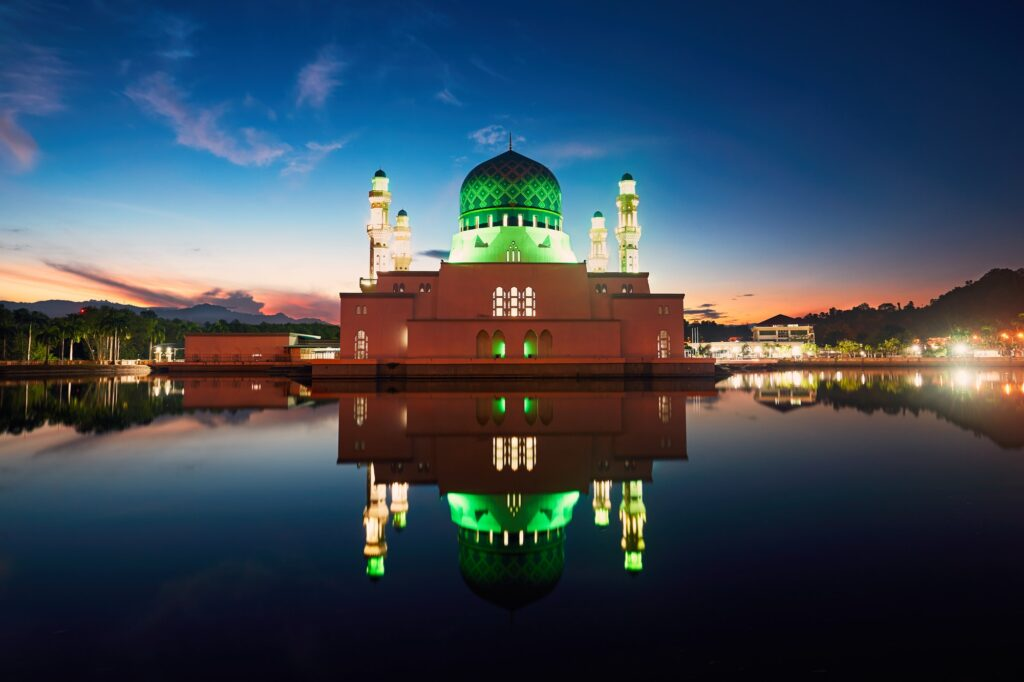 Kota Kinabalu Mosque at dawn